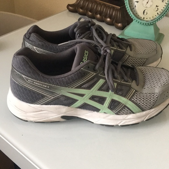 ASICS shoes used in good condition